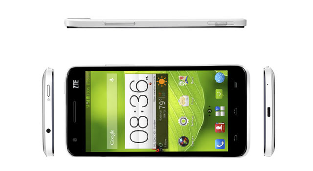 The Grand S II has a removable plastic back with a brushed metal finish.