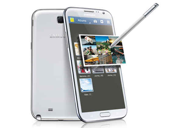 Galaxy Note 2 has a new and improved Samsung Stylus