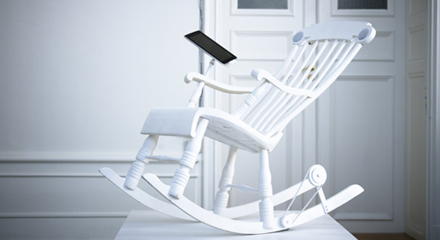 Real Reviews: iRock - The world's first power generating iPad Rocking Chair