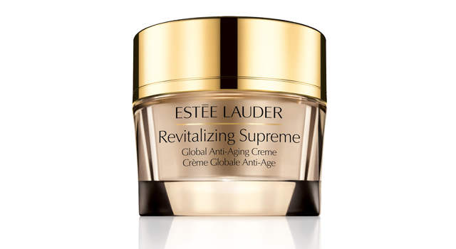 This high-performance, multi-action creme claims to measurably reduce the multiple signs of aging