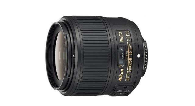 CES 2014: AF-S Nikkor 35mm f/1.8G