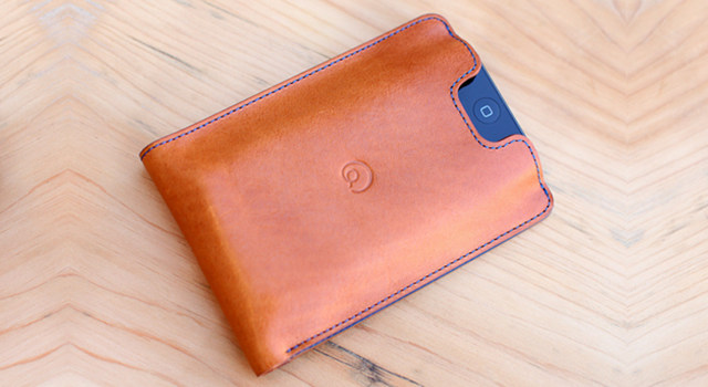 Review of Leather Wallet with iPhone 5 Case in Cognac
